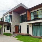 บ้านสองชั้นสไตล์โมเดิร์นลอฟท์ สวยเนี้ยบด้วยวัสดุเกรดพรีเมี่ยม พร้อมพื้นที่พักผ่อนหลายมุม