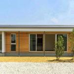 บ้านเรียบง่ายสไตล์มินิมอล อบอุ่นและอ่อนโยนไปกับงานไม้สีอ่อนจากธรรมชาติ พร้อมดีไซน์ที่เน้นความโปร่งสบาย