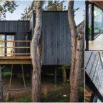 บ้านสไตล์โมเดิร์นริมเชิงเขา ออกแบบโปร่งสบาย กลมกลืนไปกับภูมิทัศน์ด้วยวัสดุจากธรรมชาติ