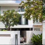 บ้านสไตล์โมเดิร์นมินิมอล โปร่งโล่งและเรียบง่าย เชื่อมต่อพื้นที่ใช้ชีวิตในบ้านอย่างลงตัว ควบคู่ไปกับบริบทของธรรมชาติ