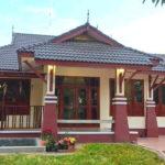 บ้านชั้นเดียวทรงไทยประยุกต์ 3 ห้องนอน 2 ห้องน้ำ พร้อมระเบียงโปร่งเพื่อการพักผ่อน 2 จุด