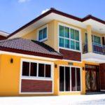 บ้านสองชั้นสไตล์โมเดิร์นทรอปิคอล สีสันสดใส 3 ห้องนอน 2 ห้องน้ำ พื้นที่ใช้สอย 169 ตร.ม.