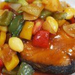 """ชวนทำ """"ปลาอินทรีย์ทอดซอสเปรี้ยวหวาน"""" รสชาติกลมกล่อมลงตัว หลากหลายสีสันในจานเดียว"""