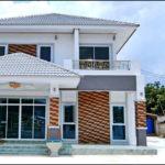 บ้านสองชั้นโทนสีขาว สไตล์คอนเทมโพรารี บรรยากาศหรูหรา 4 ห้องนอน 3 ห้องน้ำ พื้นที่ใช้สอย 235 ตร.ม.