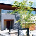 บ้านญี่ปุ่นสไตล์โมเดิร์น ตกแต่งภายในด้วยไม้ ให้บรรยากาศสงบ อบอุ่น เป็นกันเอง เหมาะสำหรับการพักผ่อน