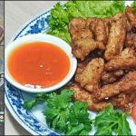 """แชร์สูตรเด็ด """"หมูทอดกระเทียมพริกไทย"""" กลิ่นหอมถึงใจ เผ็ดร้อนกำลังดี เหมาะทานคู่ทั้งข้าวสวยและข้าวเหนียว"""