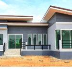 บ้านหน้ากว้างทรงโมเดิร์น ดีไซน์รูปทรงตัวแอล (L-Shaped House) 3 ห้องนอน 2 ห้องน้ำ พื้นที่ใช้สอยรวม 105 ตารางเมตร