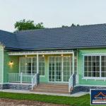 แบบบ้านชั้นเดียวทรงหน้ากว้าง โทนสีเขียวพาสเทล 3 ห้องนอน 2 ห้องน้ำ พื้นที่ใช้สอย 138 ตร.ม.