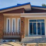 บ้านชั้นเดียวโทนสีน้ำตาลอบอุ่น ขนาดกะทัดรัด 2 ห้องนอน 1 ห้องน้ำ ท่ามกลางบรรยากาศไร่สวน
