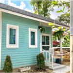 บ้านสไตล์คอจเทจหลังเล็ก ตกแต่งในโทนสีพาสเทลน่ารัก 1 ห้องนอน 1 ห้องน้ำ พื้นที่ 36 ตร.ม.